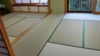 天気の良い日に畳の表替えが出来ました。