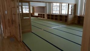 大広間の畳を和紙表で