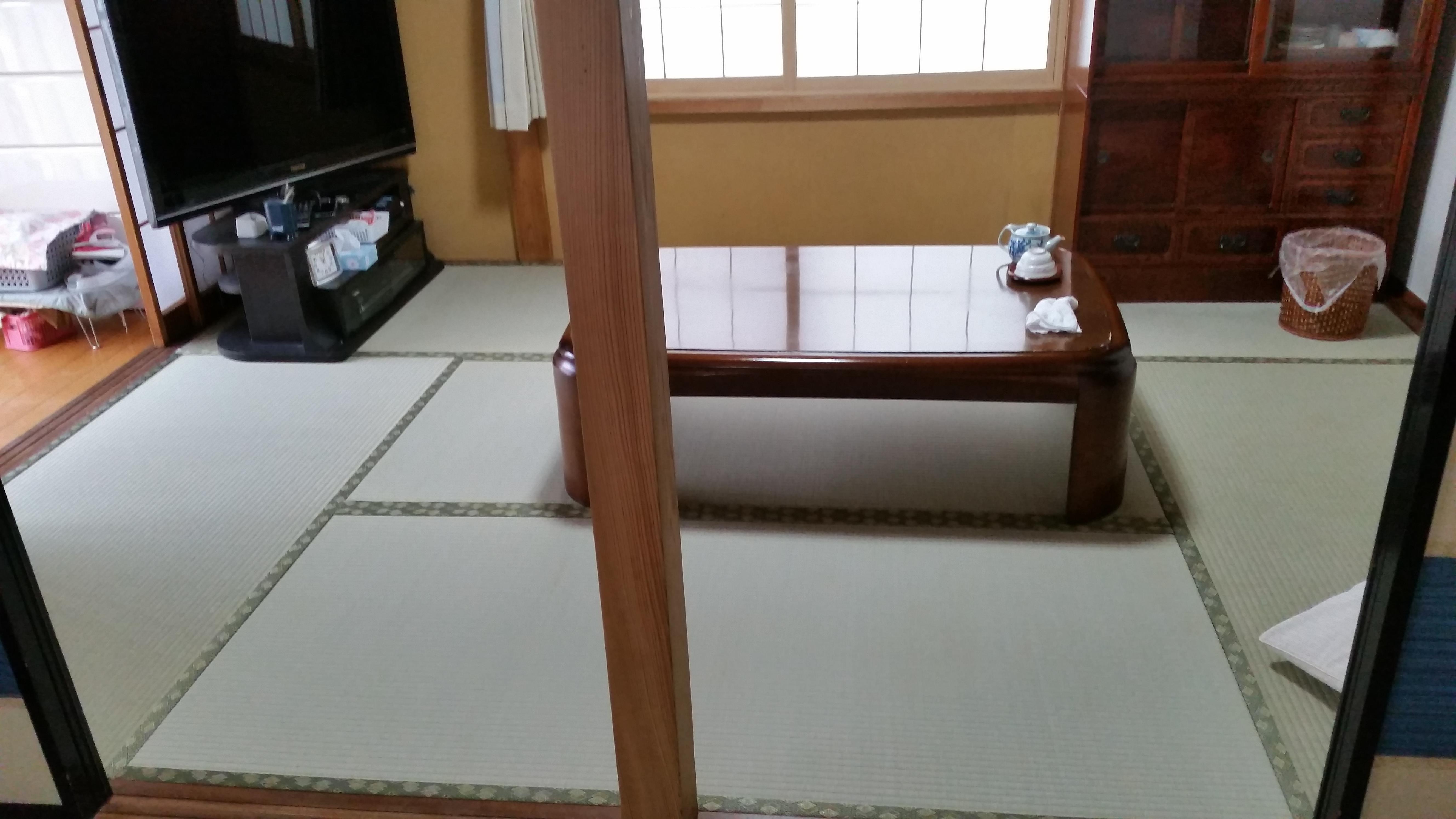 魚沼市のお客様からのご紹介で畳の表替え工事と内装工事をさせて頂くことになりました。