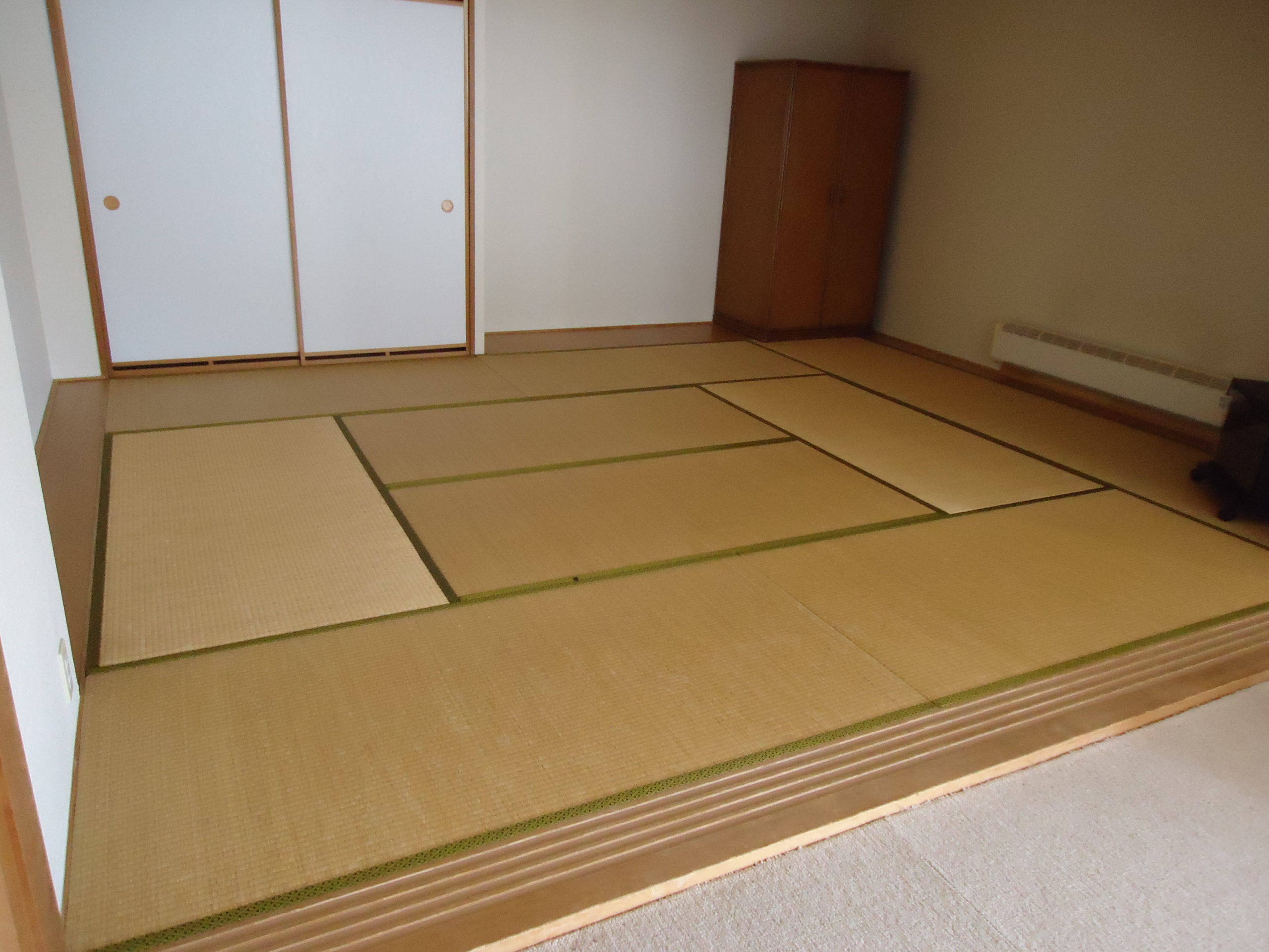 魚沼市のお客様からマンションの畳工事を紹介して頂きました。