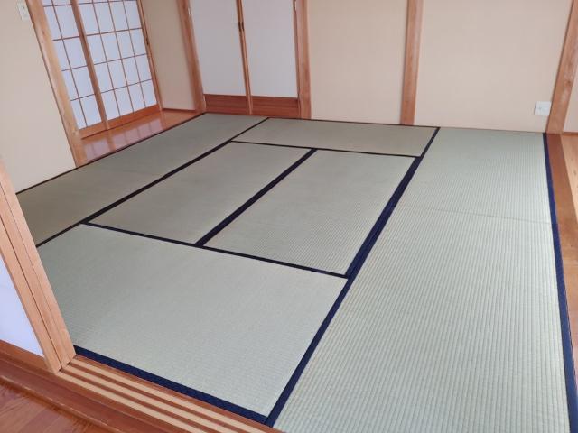 長岡市で畳が80帖入るお屋敷の畳を搬入してきました。